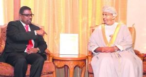 السنيدي والساجواني يستقبلان وزير التجارة والصناعة الصومالي