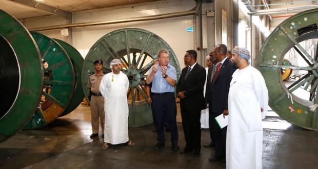 وزير التجارة والصناعة الصومالي يزور منطقة الرسيل الصناعية