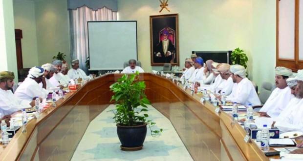 وزير الإسكان يترأس الإجتماع السنوي للوزارة