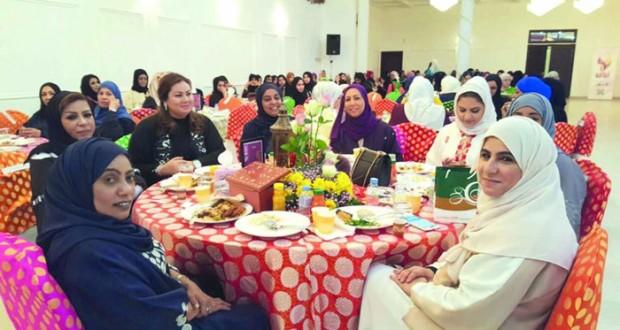 جمعية المرأة بمسقط تنظم افطاراً جماعياً