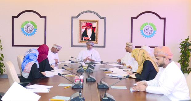 """الغرفة تناقش تقرير """"الشورى"""" حول تحديات التعمين في الوظائف القيادية والإشرافية بالقطاع الخاص"""