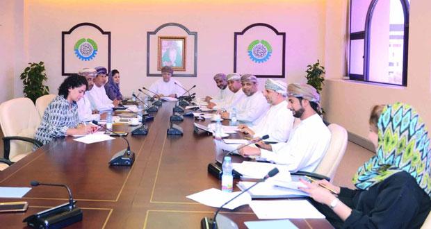 """لجنة الأمن الغذائي بالغرفة تناقش إقامة ندوة """"فرص الاستثمار في مشاريع الأمن الغذائي"""""""
