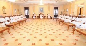 «الوزراء» و«الشورى» يستعرضان إجراءات تبسيط تقديم الخدمات وسرعة التحول للحكومة الإلكترونية