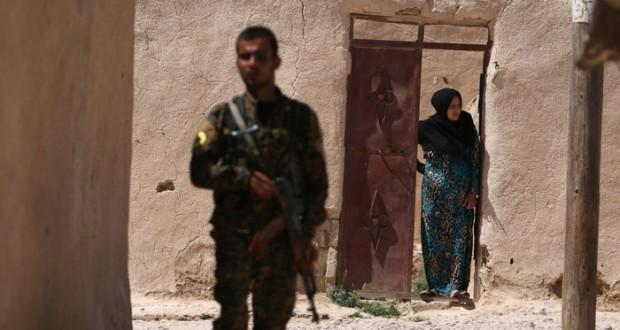 اجتماع ثلاثي بطهران لـ(مكافحة الإرهاب) اليوم والأكراد على أبواب (منبج)