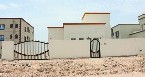 دار العطاء : 147.850 ألف ريال عماني إجمالي تكلفة بناء وشراء 5 منازل لبرنامج رعاية الأسر