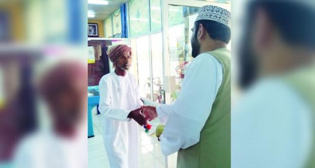 توزيع أكثر من 112 ألف ريال عماني من أموال الزكاة على المستحقين بالسويق