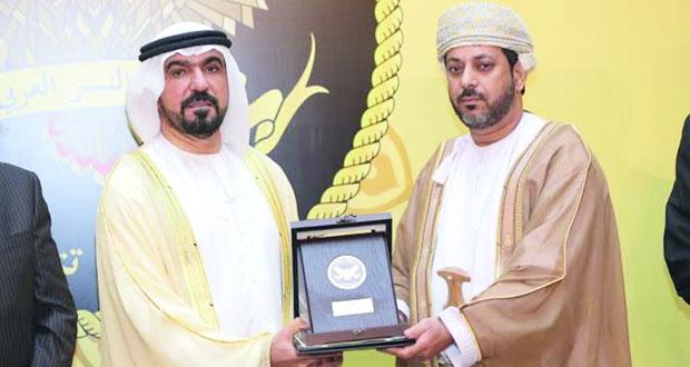 مساعد المدعي العام يتوج بجائزة النسر العربي للإدارة العامة في دبي