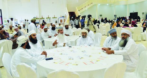 الاوقاف تنظم فعالية التعريف بالإسلام بمحافظة مسقط
