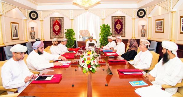 مجلس جامعة السلطان قابوس يناقش الموازنة المالية وترشيحات الدراسات العليا وقبول ذوي الإعاقة الجسدية
