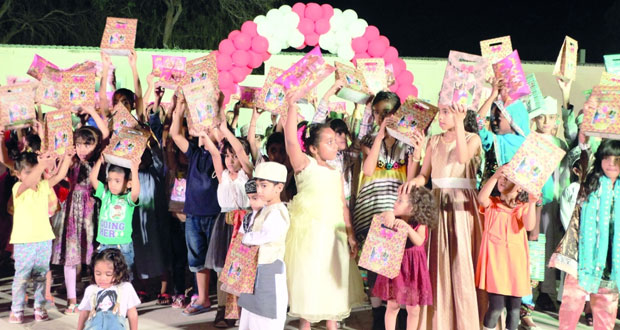 بلدية مسقط تحتفل بالقرنقشوه في القرم والنسيم وقريات