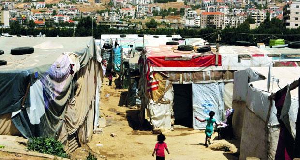 سوريا: الجيش يستعيد حقل الثورة النفطي ويدخل مساكن الطبقة العسكرية