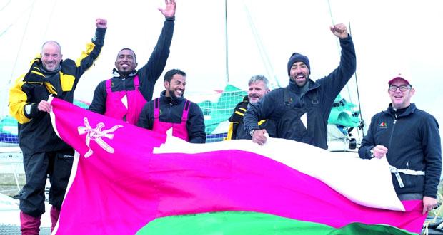 القارب مسندم – عُمان للإبحار يحطم رقمه القياسي ويفوز بسباق فولفو للإبحار حول إيرلندا