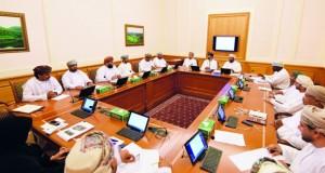 لجنة الشباب بالشورى تستضيف رئيس اللجنة البارالمبية العمانية