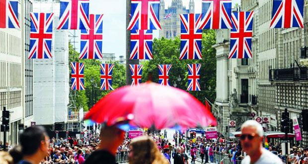 أوروبا تتعجل خروج بريطانيا .. وتخشى (التوجهات الشعبوية)