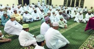 """""""العلاقات السياسية بين عمان وبريطانيا"""" محاضرة تاريخية علمية لمحمد الشعيلي"""