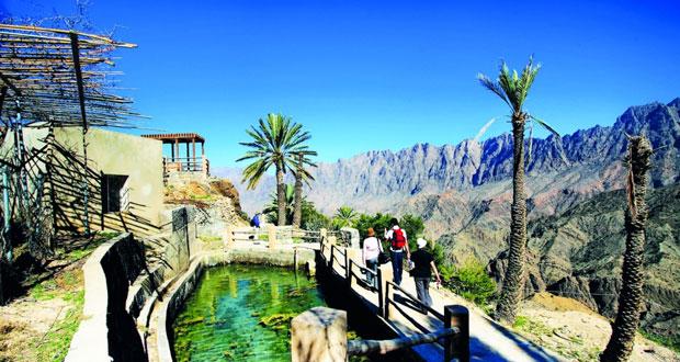 مقومات سياحية جذابة تتمتع بها الطبيعة العمانية