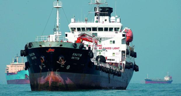الخام العماني فوق 45 دولاراً والنفط العالمي يرتفع مدعومة بانخفاض مخزونات أميركا
