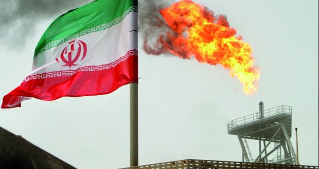 نفد عمان ب (44،22) دولار .. النفط يتراجع وسط صعود الدولار ومخاوف اقتصادية