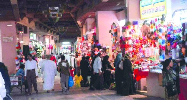 حركة تجارية نشطة تشهدها أسواق العيد