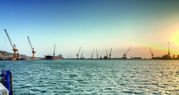 ميناء الدقم يسجل أداء ماليا جيدا ويحقق نموا في حركة الشحن ونقل البضائع خلال النصف الأول