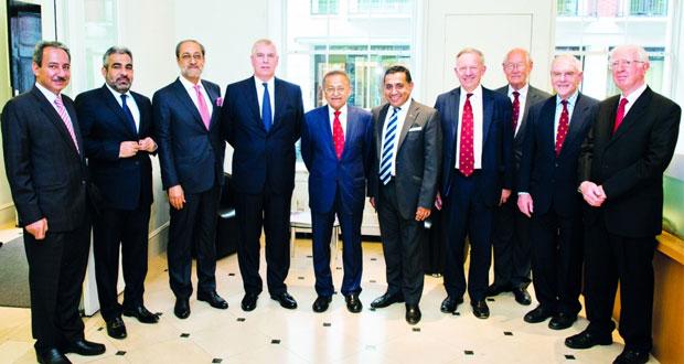 وزير التراث والثقافة يرعى حفل استقبال جمعية الصداقة العمانية ـ البريطانية