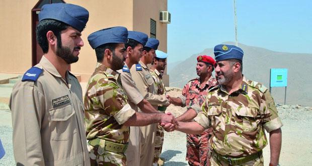 التوجيه المعنوي ينظم زيارات للقواعد والمعسكرات والمواقع الحدودية بمحافظة مسندم