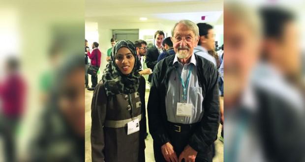 رحمة البوسعيدية أول عمانية تمثل الباحثين الناشئين في اجتماع العلماء الحاصلين على جائزة نوبل لمنظمة لينداو بألمانيا)
