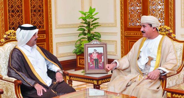 وزير المكتب السلطاني يستقبل سفير قطر وقائدا عسكريا أمريكيا
