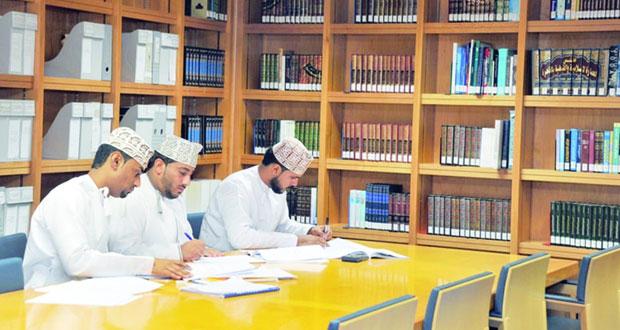 أكثر من (36) ألفاً عدد الزوار لمكتبة جامع السلطان قابوس الأكبر و(26) ألفاً و(977) عدد الكتب من مختلف العلوم خلال العام الماضي