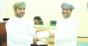 بلدية محضة تفوز فـي المسابقة الثقافية الرمضانية لموظفي بلديات البريمي