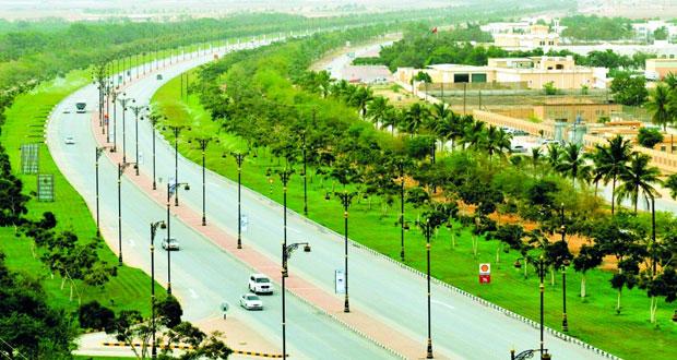 رئيس بلدية ظفار: إنشاء عدة حدائق بصلالة وعدد من المتنزهات الطبيعية  في سهل ولاية صلالة منها منتزه إيتين وحمرير ووادي عدونب بمنطقة ريسوت