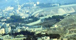 الاحتلال يغلق مداخل بلدات الخليل ويشن حملة اعتقالات ضد الفلسطينيين