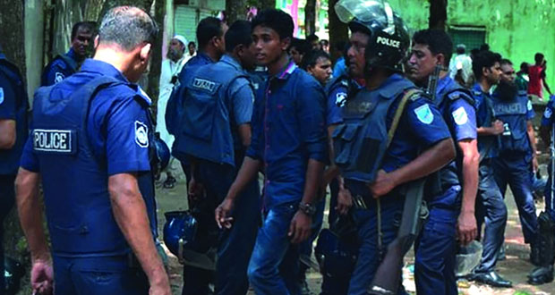 هجوم جديد في بنجلاديش يسقط قتلى وجرحى .. بينهم شرطيان
