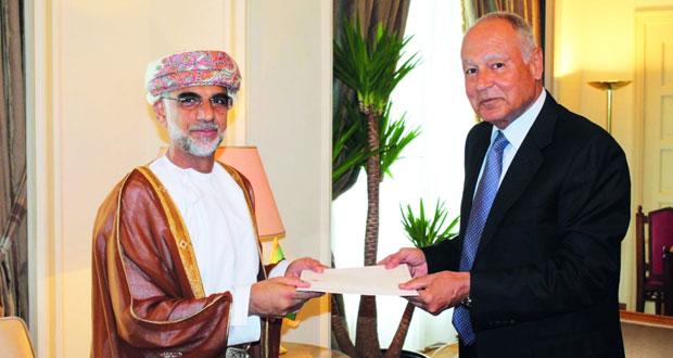 أبو الغيط يتسلم أوراق اعتماد سفير السلطنة لدى جامعة الدول العربية
