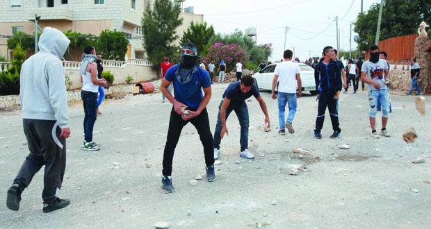 سلطات الاحتلال تفرض عقوبات جماعية على أسرى (الشعبية)