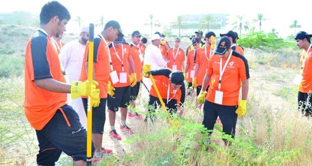 تواصل فعاليات معسكر شباب الأندية بمحافظة مسقط وسط مجموعة من الأنشطة المتنوعة