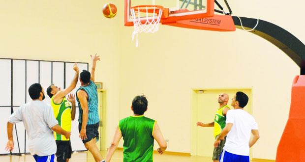 اتحاد السلة ينظم اللقاء الرمضاني الأول لنجوم اللعبة في الثمانينيات