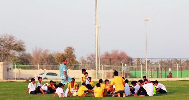 نادي مجيس يحتضن أنشطة وفعاليات هادفة ضمن برامج وزارة الشؤون الرياضية