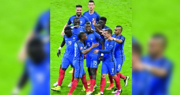 فى كأس أمم أوروبا 2016: ديوك فرنسا تكتسح أيسلندا بخماسية وتوجه إنذارا شديد اللهجة لالمانيا