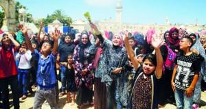 شهيدان فلسطينيان وقتيل إسرائيلي والاحتلال يطوق الخليل ويقلص عوائد ضرائب السلطة