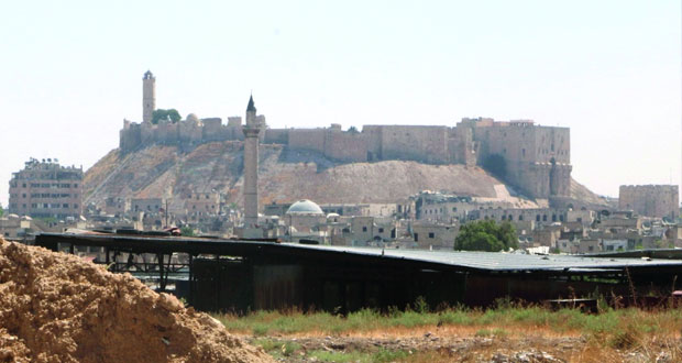سوريا : تحالف أميركا يوقع مدنيين بمنبج والمسلحون يمنعون خروج السكان من حلب