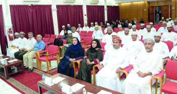 باحثون عمانيون يكشفون جوانب الأثر الحضاري والتاريخي فـي الهندسة المعمارية فـي عمان