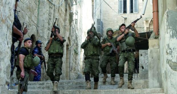 مقتل مسلحين وشرطيين فلسطينيين في عملية أمنية بالضفة