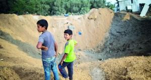 الاحتلال يشن 50 غارة جوية ومدفعية على غزة .. وهدوء حذر