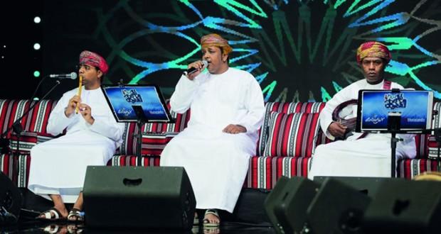 بمشاركة إماراتية ليلة طربية عمانية في الجلسة الفنية الأخيرة لمهرجتم صلالة