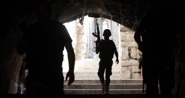 الاحتلال يغتال شهيدا في سلواد ويهدم منازل بسلوان ويستهدف الصيادين بغزة