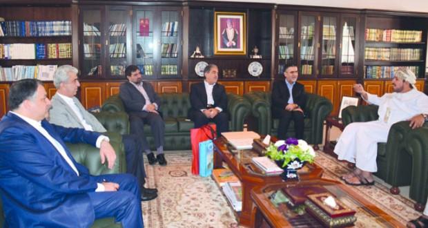وكيل وزارة التراث والثقافة للشؤون الثقافية يلتقى نائب وزير الثقافة والإرشاد الديني الإيراني