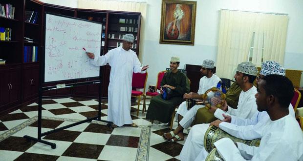 «العمانية لهواة العود» تنظم حلقة تدريبية عن الإيقاعات العمانية والخليجية والشرقية
