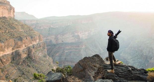 أحمد الحوسني يقدم حلقة عمل حول «التصوير فـي الربع الخالي»