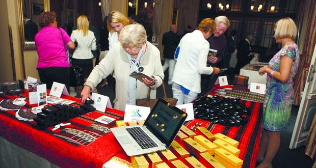 """""""السياحة"""" تنظم أمسية عمانية لمنظمي الجولات السياحية بجمهورية التشيك"""